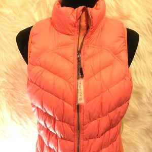Tangerine Jackets & Coats - NEW WITH TAGS CORAL PUFFER VEST